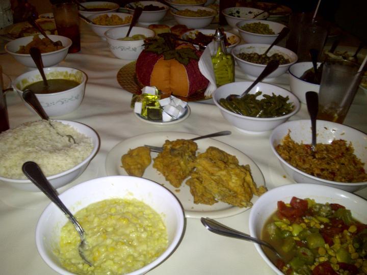 20141117-00336_MrsWilkes-Food_sm
