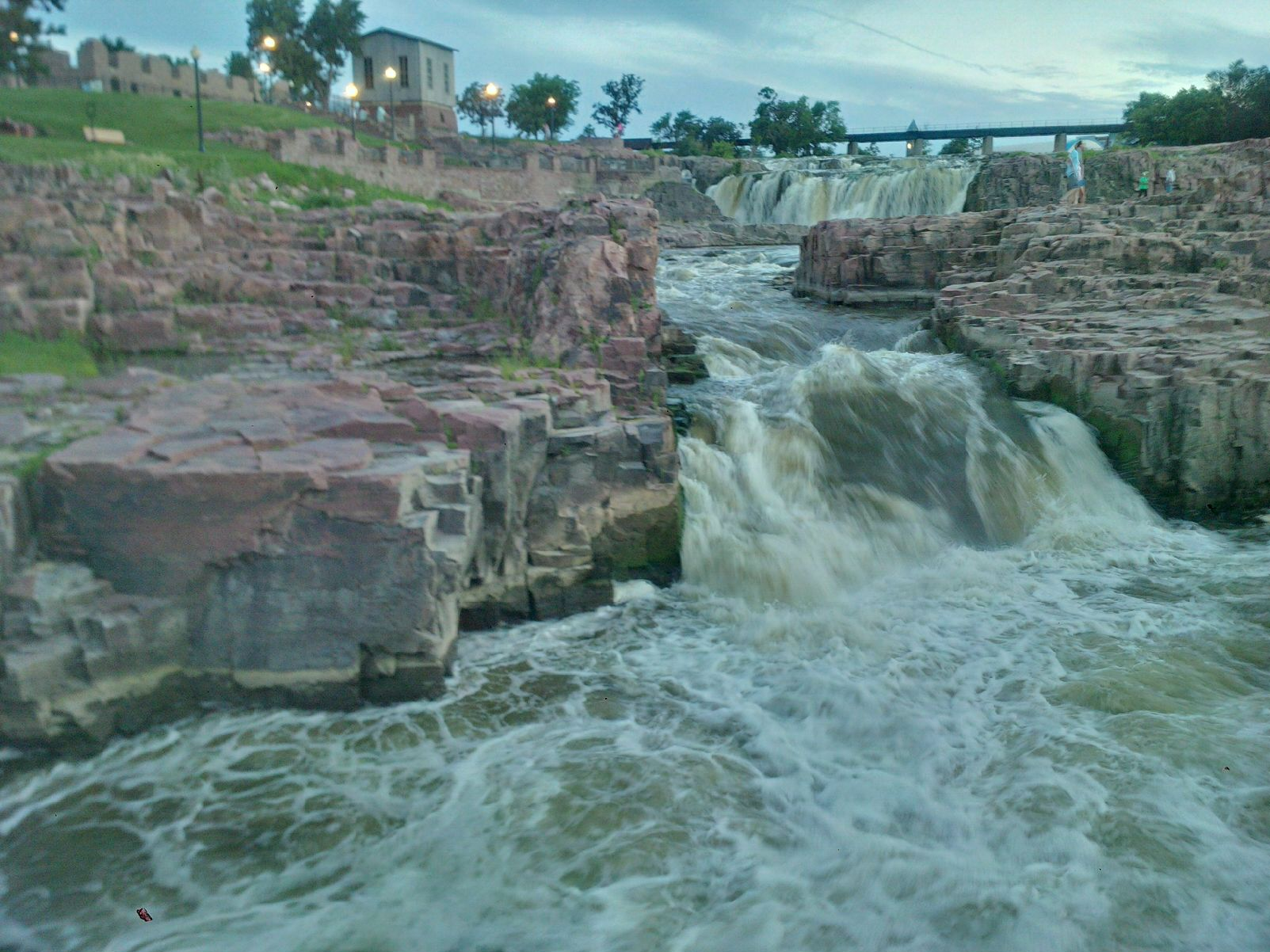 20150721_SiouxFalls_TheWaterfall