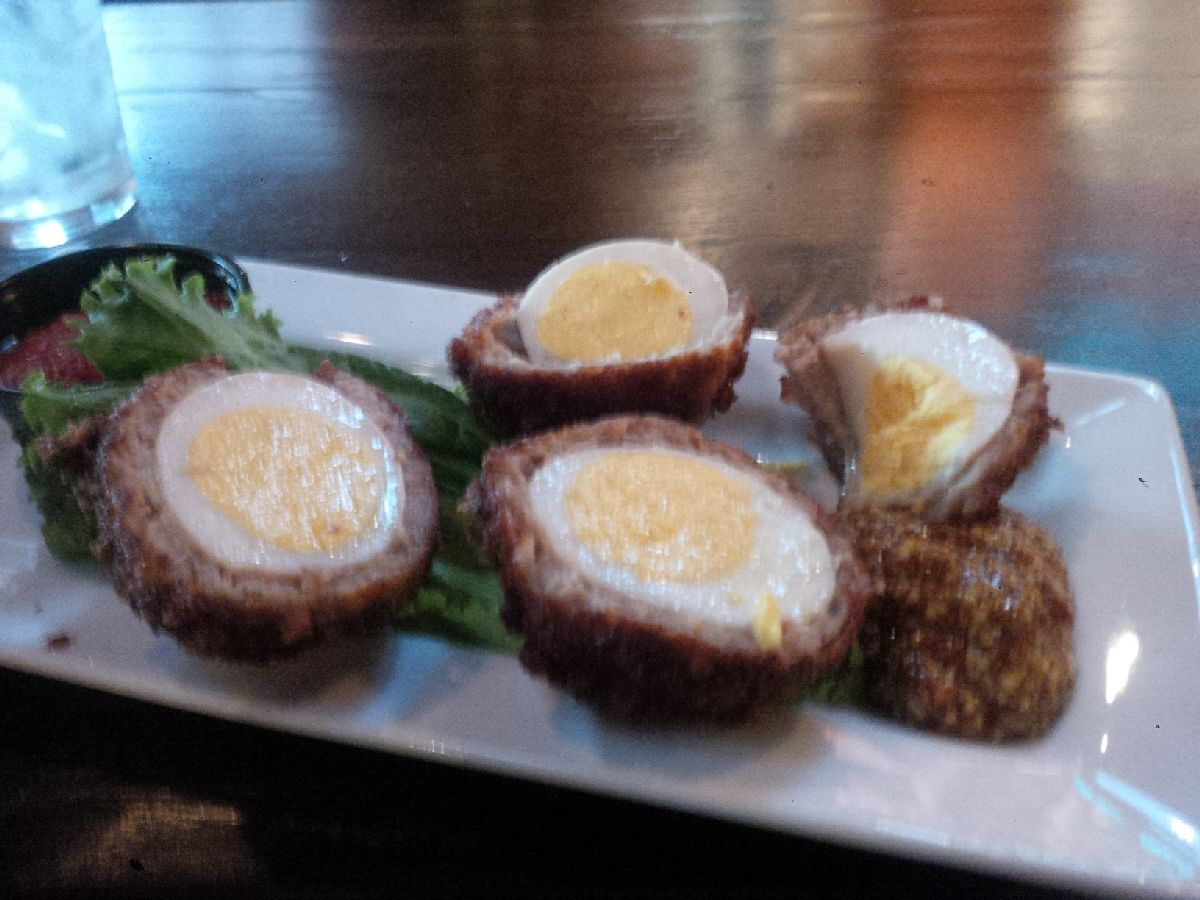 20151109_1639_TaseOfSpringfieldScotchEggs