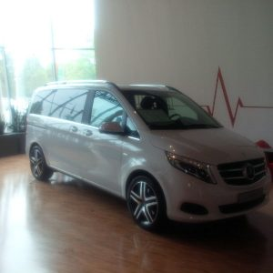 20160513_1431_mercedesMiniVan_sm