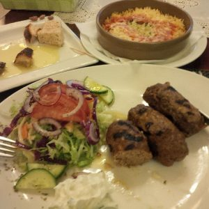 20160614_2153_monsGreekSupper